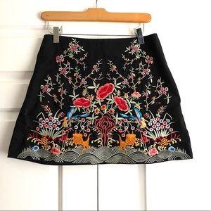 Zara Embroidered Mini Skirt Sz. S
